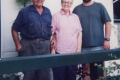 Brand-robert-allan-with-Evans-Barry-and-Judy-at-Narrawa-vi